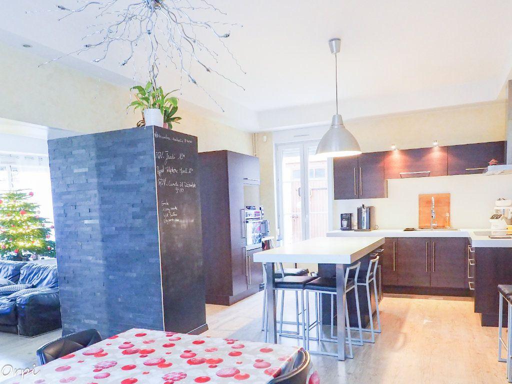 Maison à vendre 9 217m2 à Cormicy vignette-12
