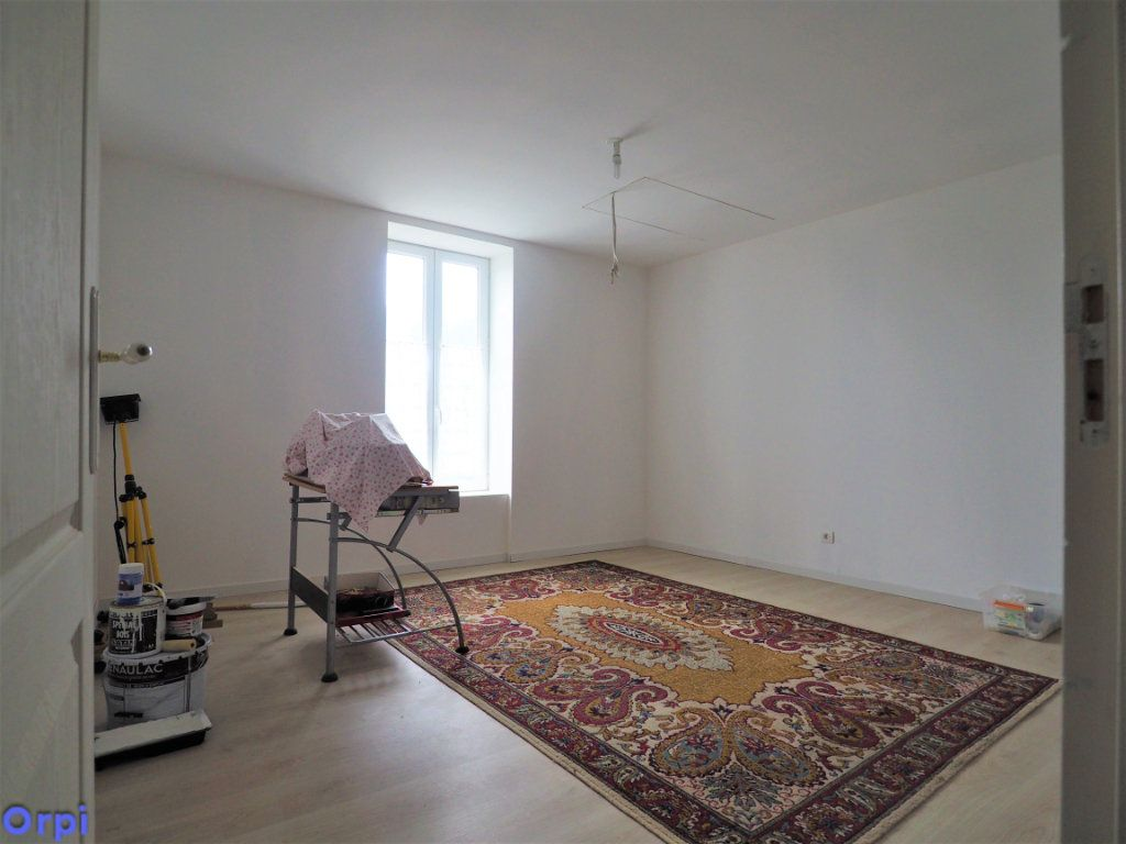 Maison à vendre 5 97.74m2 à Roucy vignette-9