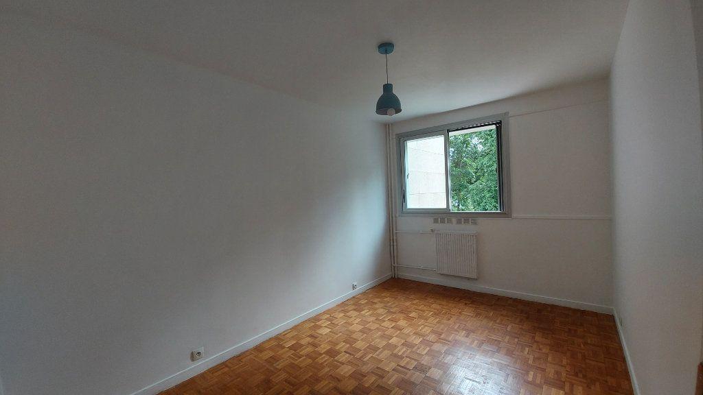Appartement à louer 3 62.79m2 à Sèvres vignette-7