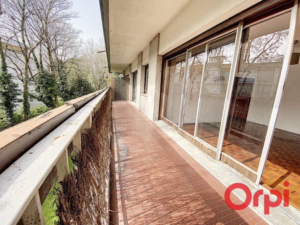 Appartement à louer 2 48.01m2 à Châtenay-Malabry vignette-1