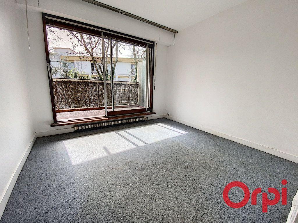 Appartement à louer 2 48.01m2 à Châtenay-Malabry vignette-5