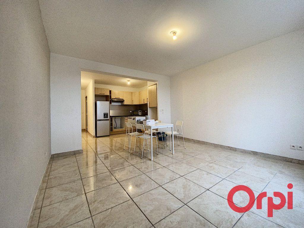 Appartement à louer 2 48.71m2 à Clamart vignette-1