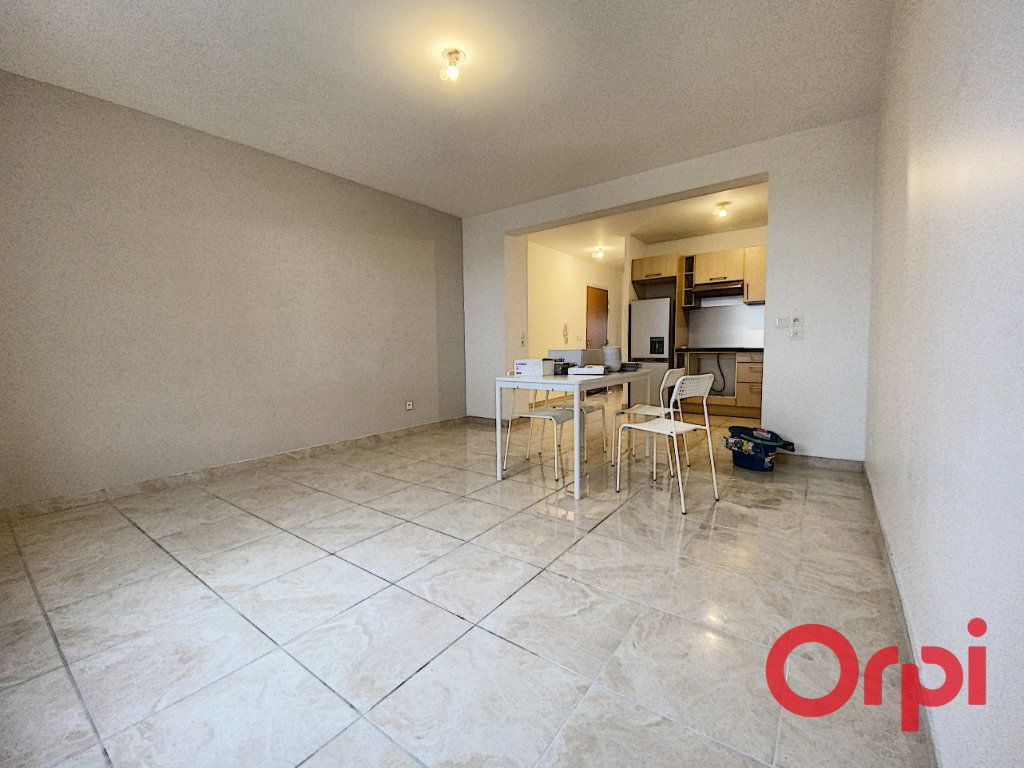 Appartement à louer 2 48.71m2 à Clamart vignette-2