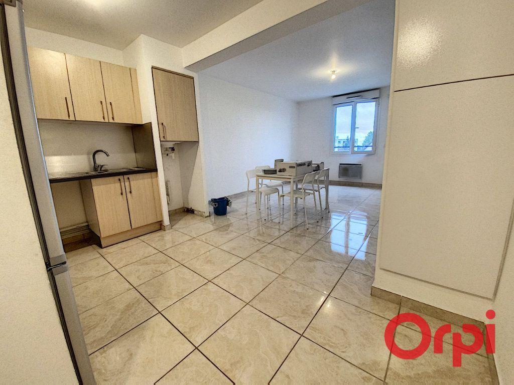 Appartement à louer 2 48.71m2 à Clamart vignette-4
