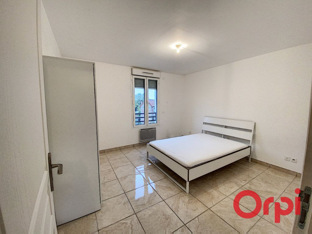 Appartement à louer 2 48.71m2 à Clamart vignette-6