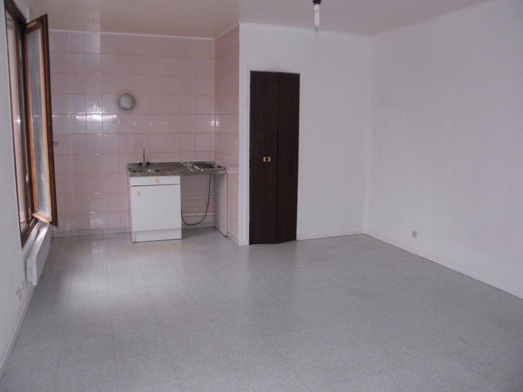 Appartement à louer 1 24.22m2 à Châtenay-Malabry vignette-3