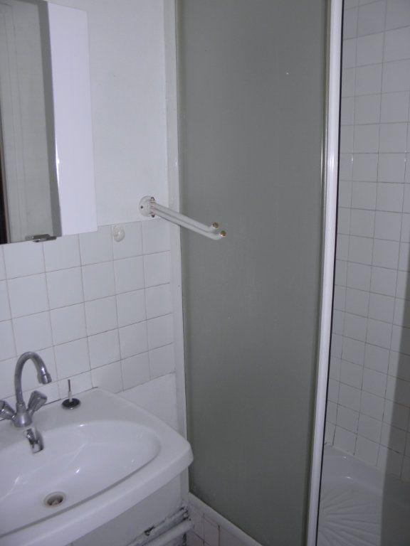 Appartement à louer 1 24.22m2 à Châtenay-Malabry vignette-6