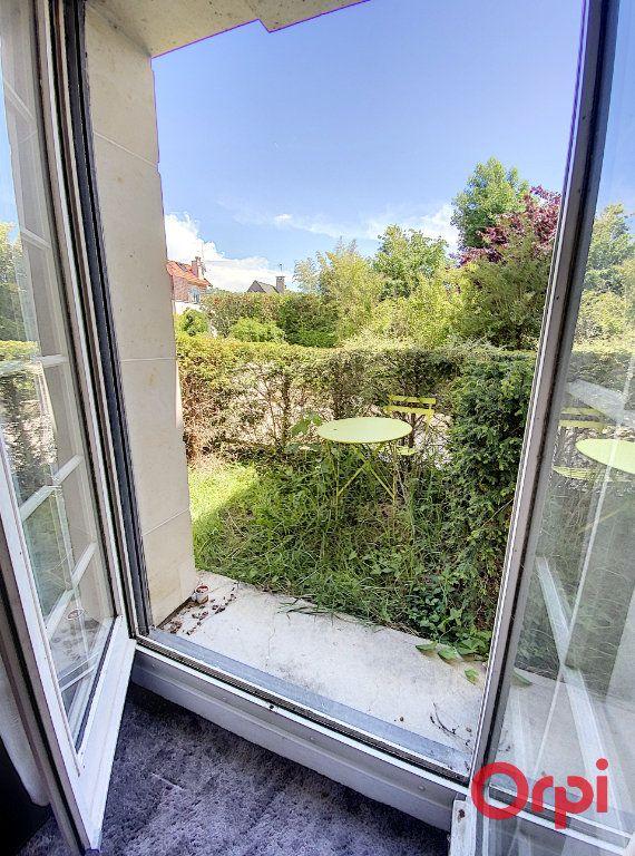 Appartement à louer 1 18m2 à Châtenay-Malabry vignette-2
