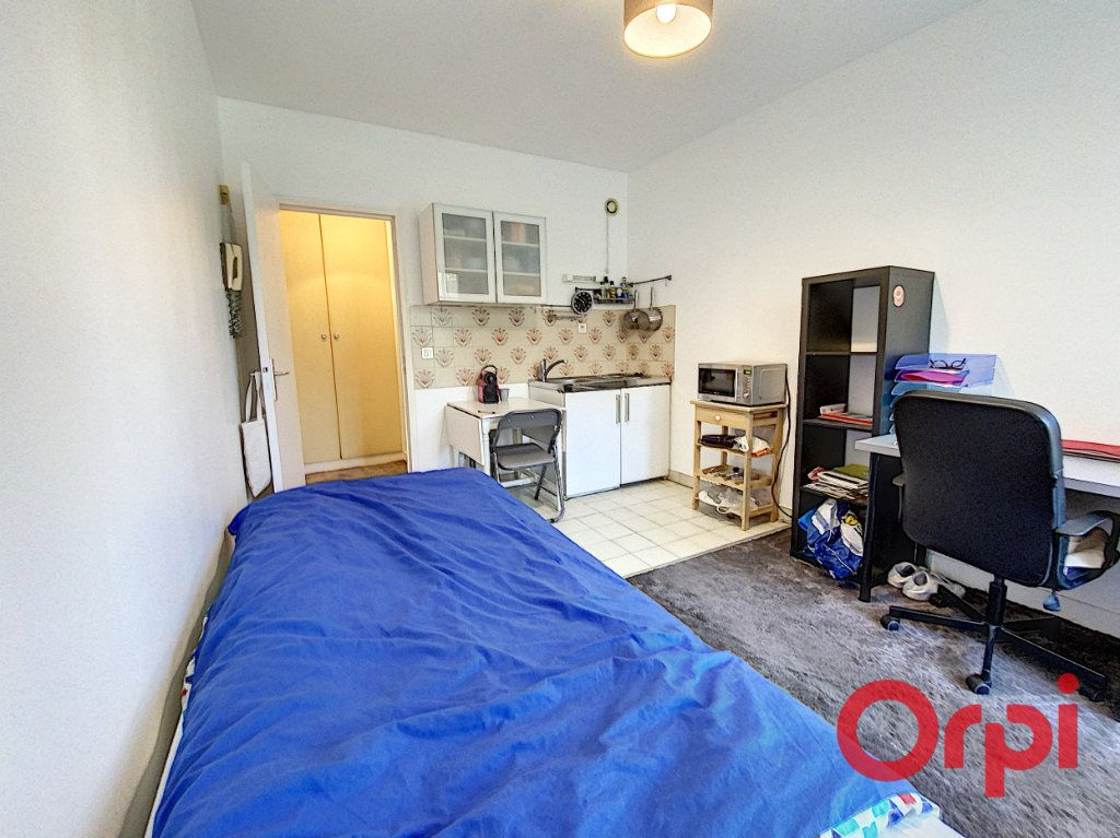 Appartement à louer 1 18m2 à Châtenay-Malabry vignette-3