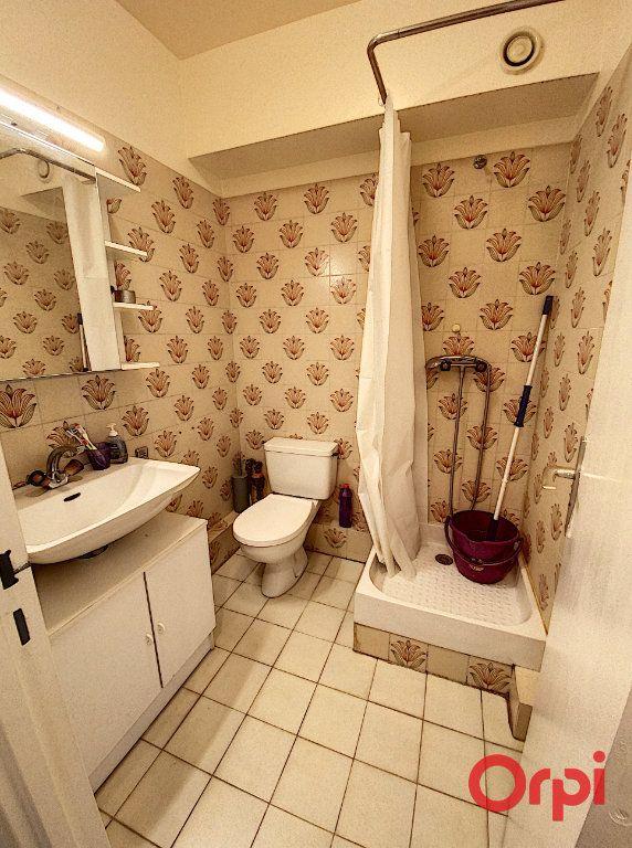 Appartement à louer 1 18m2 à Châtenay-Malabry vignette-4