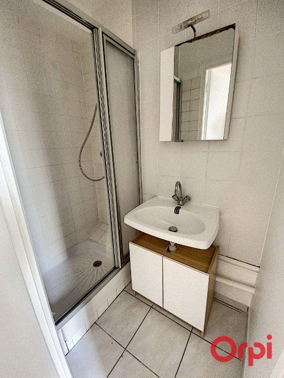 Appartement à louer 1 21.97m2 à Châtenay-Malabry vignette-7