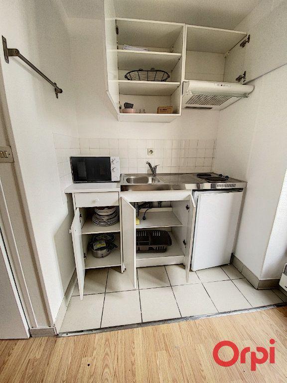 Appartement à louer 1 21.97m2 à Châtenay-Malabry vignette-9
