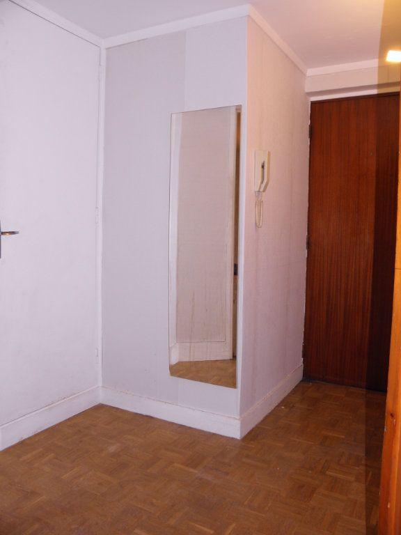 Appartement à louer 2 46.6m2 à Châtenay-Malabry vignette-7