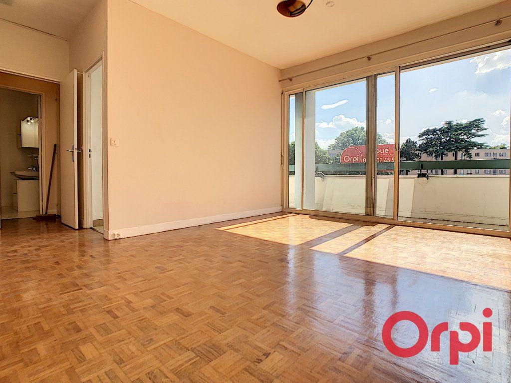 Appartement à louer 2 47.17m2 à Châtenay-Malabry vignette-11