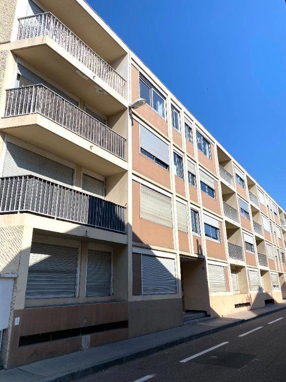 Appartement à vendre 2 43.6m2 à Dijon vignette-2