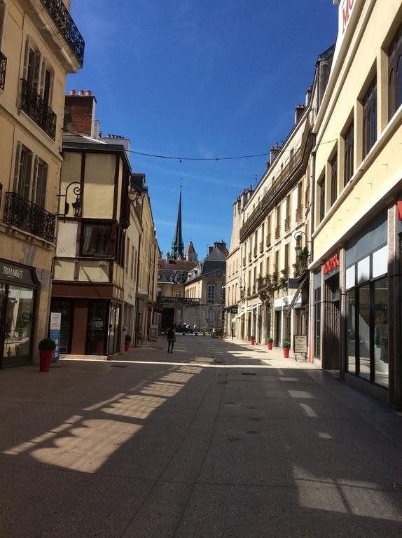 Immeuble à vendre 0 100m2 à Dijon vignette-1