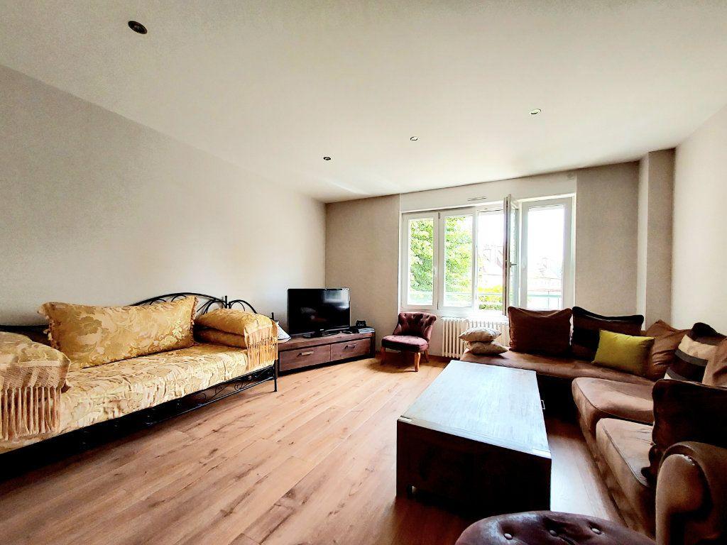Appartement à vendre 4 92.1m2 à Dijon vignette-3