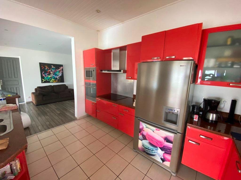 Maison à vendre 7 253m2 à Sainte-Luce vignette-6