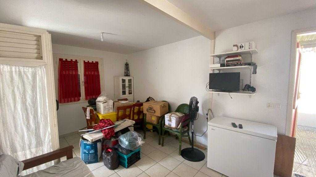 Maison à louer 3 52m2 à Les Trois-Îlets vignette-4