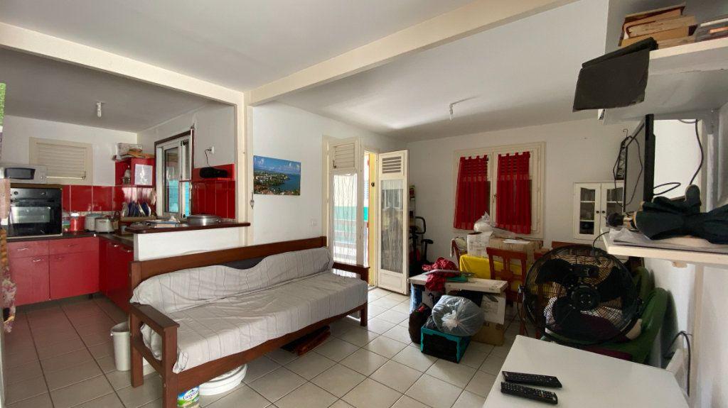 Maison à louer 3 52m2 à Les Trois-Îlets vignette-5