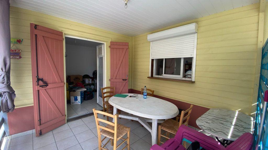 Maison à louer 3 52m2 à Les Trois-Îlets vignette-8