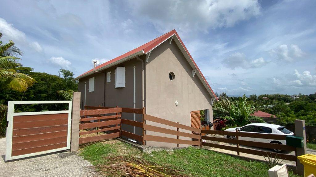 Maison à vendre 8 196m2 à Les Trois-Îlets vignette-2
