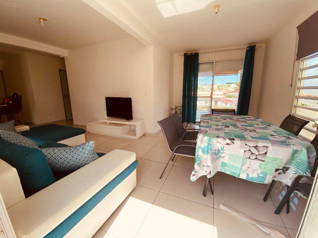 Appartement à louer 3 66.6m2 à Les Trois-Îlets vignette-5