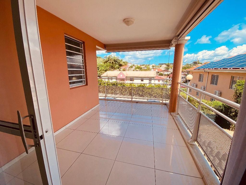 Appartement à louer 3 66.6m2 à Les Trois-Îlets vignette-16