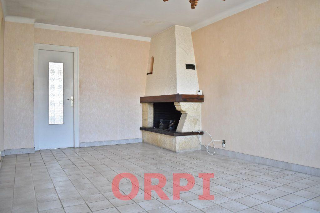 Maison à vendre 4 87m2 à La Roche-sur-Yon vignette-2
