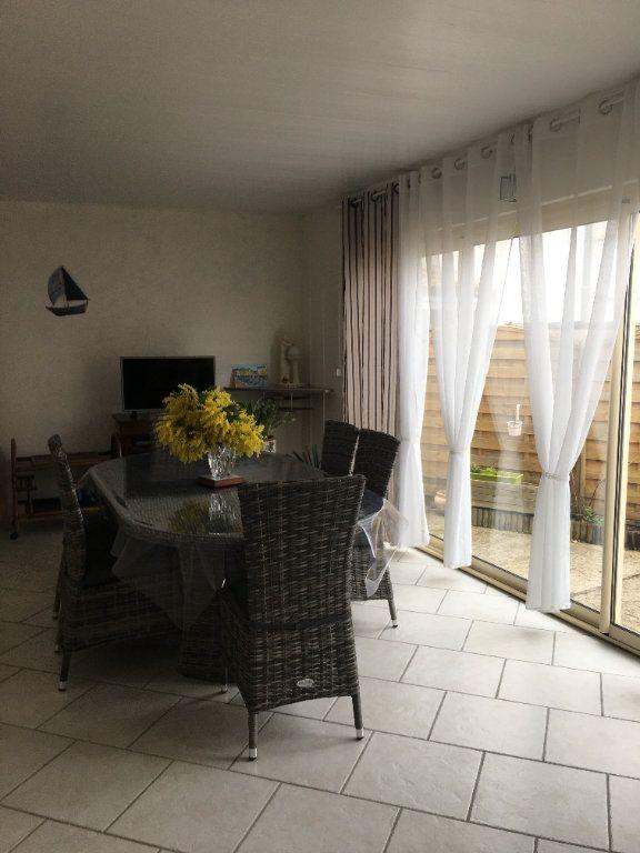 Maison à vendre 6 180m2 à Saint-Georges-d'Oléron vignette-3
