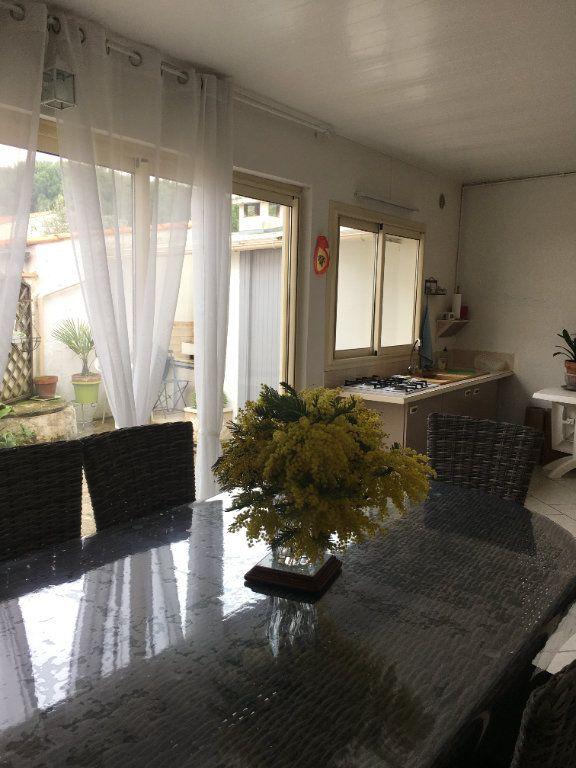 Maison à vendre 6 180m2 à Saint-Georges-d'Oléron vignette-4