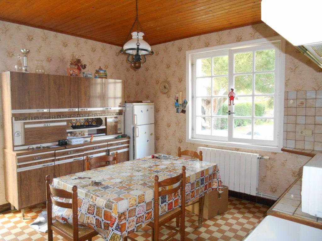 Maison à vendre 9 150m2 à Saint-Denis-d'Oléron vignette-6