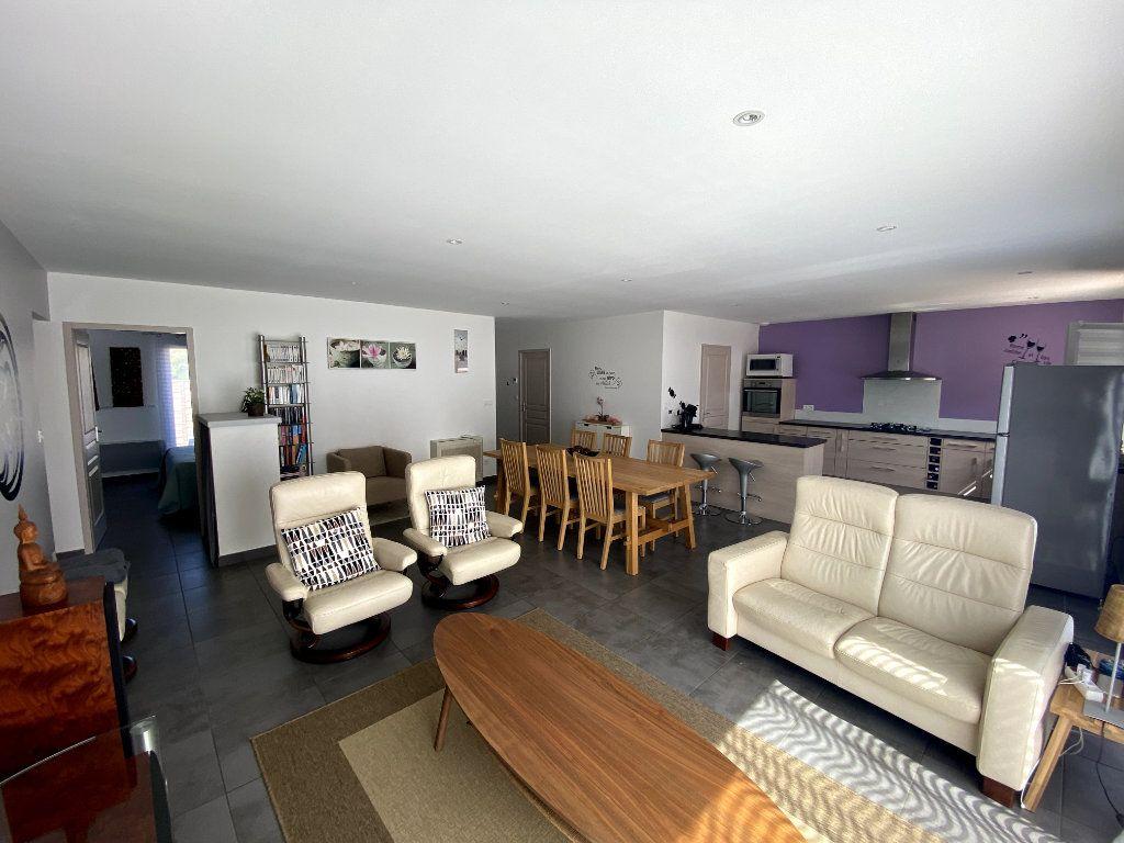 Maison à vendre 4 115m2 à Villelongue-dels-Monts vignette-3