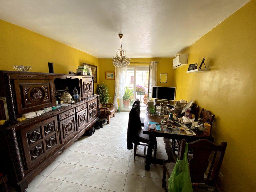 Appartement à vendre 4 66m2 à Argelès-sur-Mer vignette-1