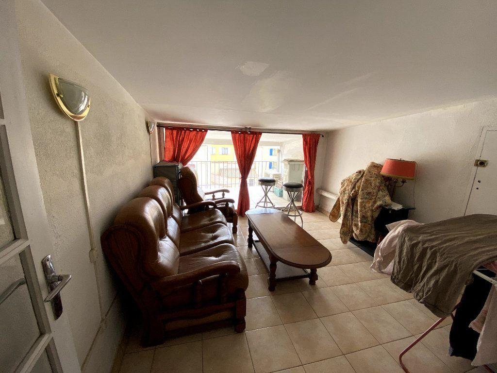 Appartement à vendre 4 66m2 à Argelès-sur-Mer vignette-4