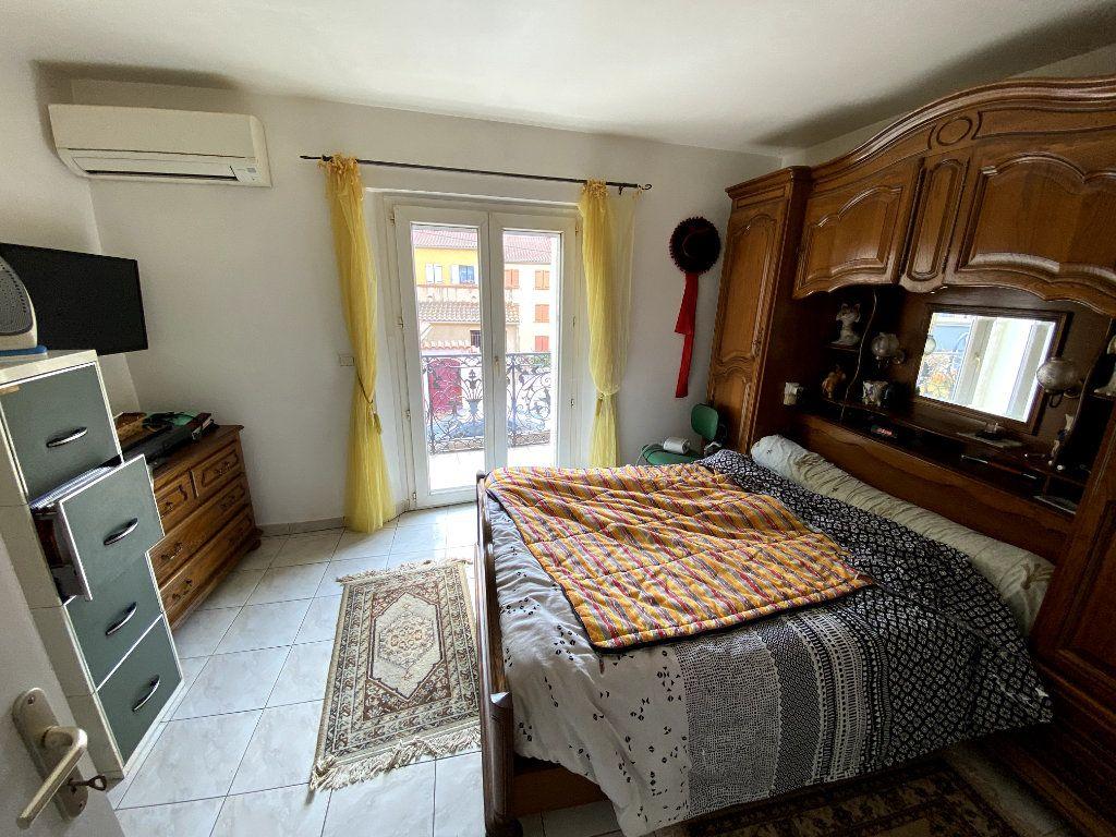 Appartement à vendre 4 66m2 à Argelès-sur-Mer vignette-5