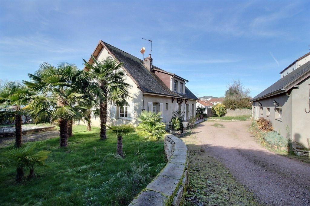 Maison à vendre 8 206m2 à Le Creusot vignette-1