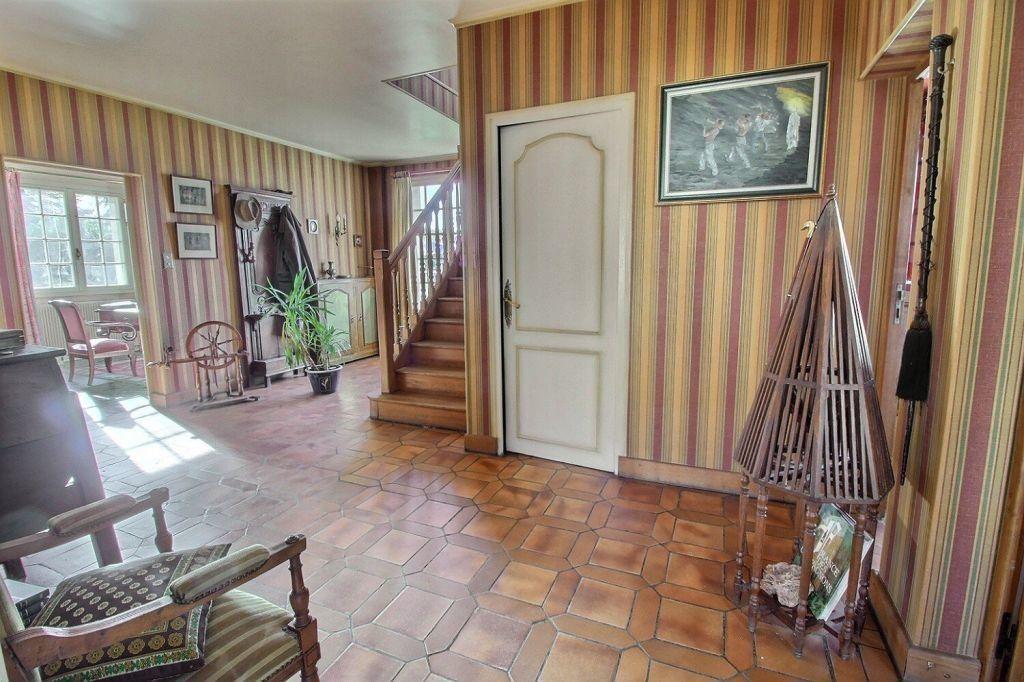 Maison à vendre 8 206m2 à Le Creusot vignette-2