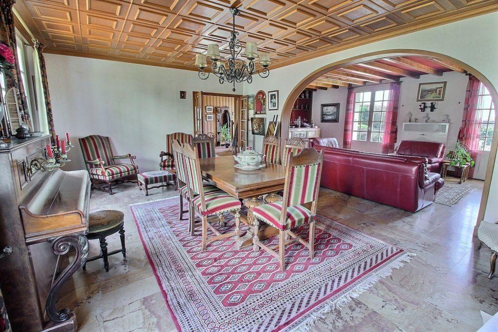 Maison à vendre 8 206m2 à Le Creusot vignette-3