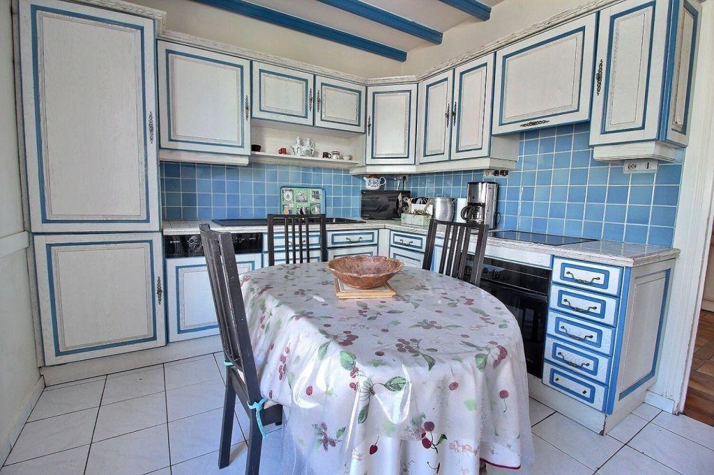 Maison à vendre 8 206m2 à Le Creusot vignette-5