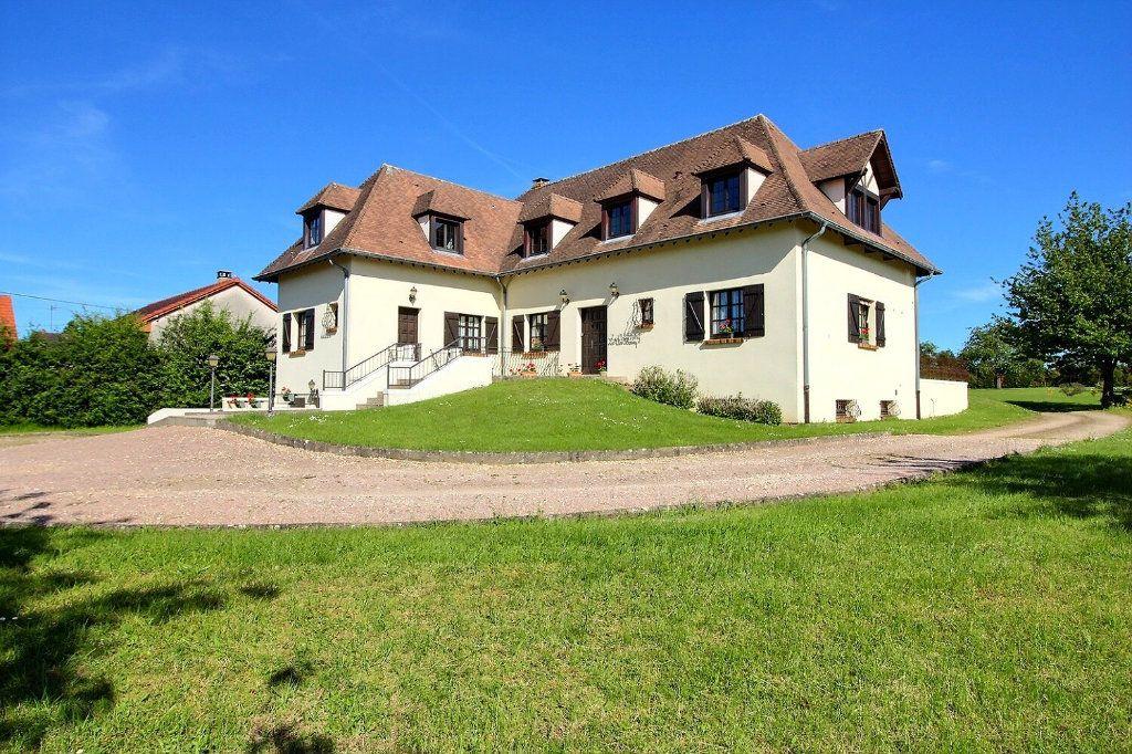 Maison à vendre 9 315.5m2 à Saint-Vallier vignette-2