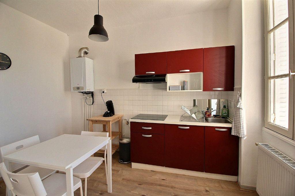 Appartement à louer 2 55.2m2 à Le Creusot vignette-4