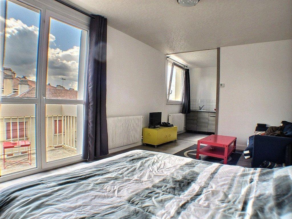 Appartement à louer 1 33.18m2 à Le Creusot vignette-2