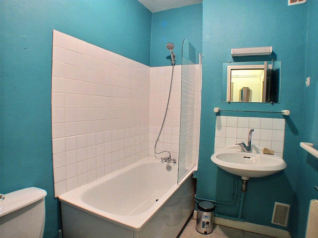 Appartement à louer 1 33.18m2 à Le Creusot vignette-4