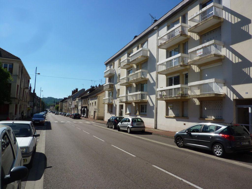 Appartement à louer 1 33.18m2 à Le Creusot vignette-5