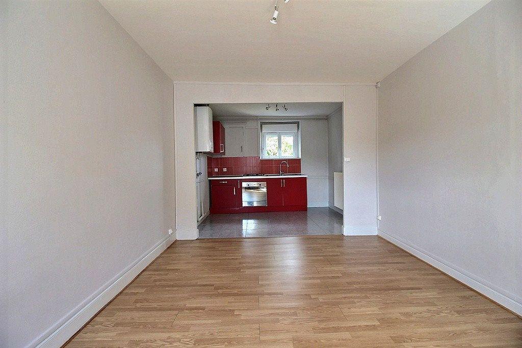 Appartement à louer 2 49.34m2 à Le Creusot vignette-2