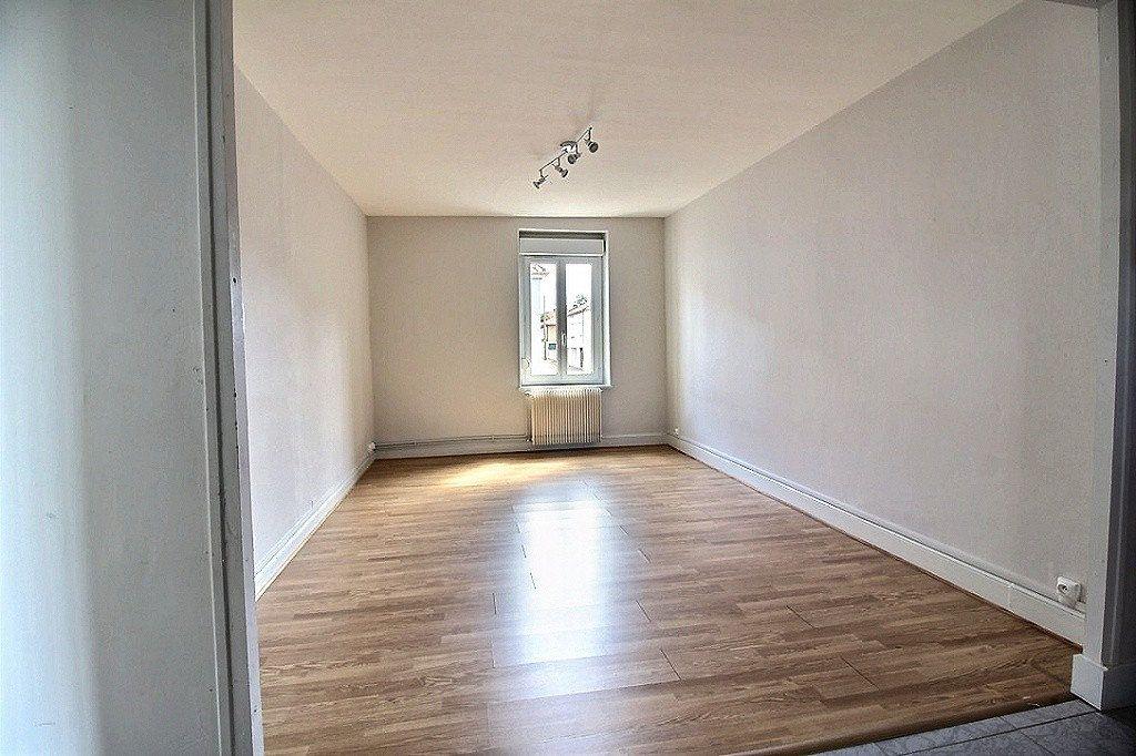 Appartement à louer 2 49.34m2 à Le Creusot vignette-3