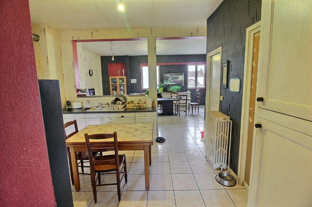 Maison à vendre 7 140m2 à Le Creusot vignette-5