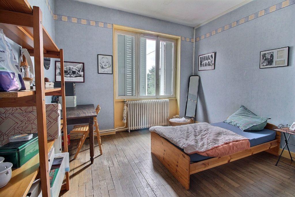 Maison à vendre 7 140m2 à Le Creusot vignette-6