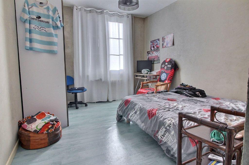 Appartement à vendre 3 73.57m2 à Le Creusot vignette-6
